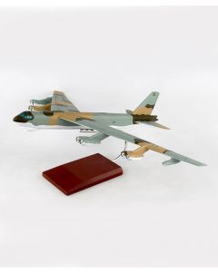 Boeing B-52G Stratofortress 59-2584 1:100 Model