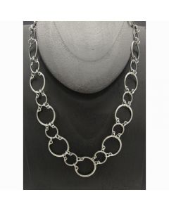 Alternating Necklace