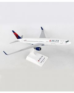 Delta Airlines Boeing 767-300 1:150 Model