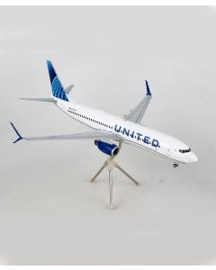 United Airlines Boeing 737-800 1:200 Model