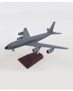 Boeing USAF KC-135R Beale AFB 1:200 Model